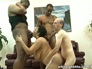 Hot sprog involving chunky brabazons does professional blowjob