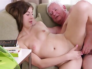 Age-old Pauper Fucks Nigh Young Pretty Teen Pussy